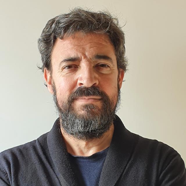 Antonio J Morales